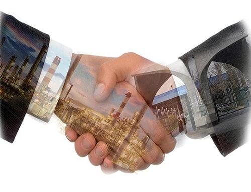 حضور اعضای هیأت علمی دانشگاه شهید مدنی آذربایجان در خصوص ایجاد ارتباط بین صنعت و دانشگاه در گروه کارخانجات مهر سهند